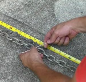 Tying Chains together